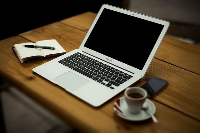 Chwilówki internetowe - główne zalety