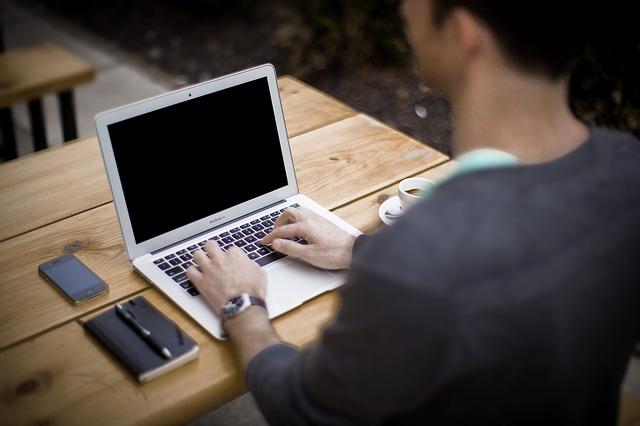 Doradca nieruchomości - warto współpracować czy nie?