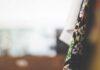 Jak znaleźć wśród odzieży używanej perełki modowe